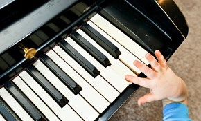 $126 for 4-30 Minute Piano Lessons