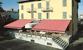 $4,500 for $5,000 Credit Toward Roma Retractable Awnings
