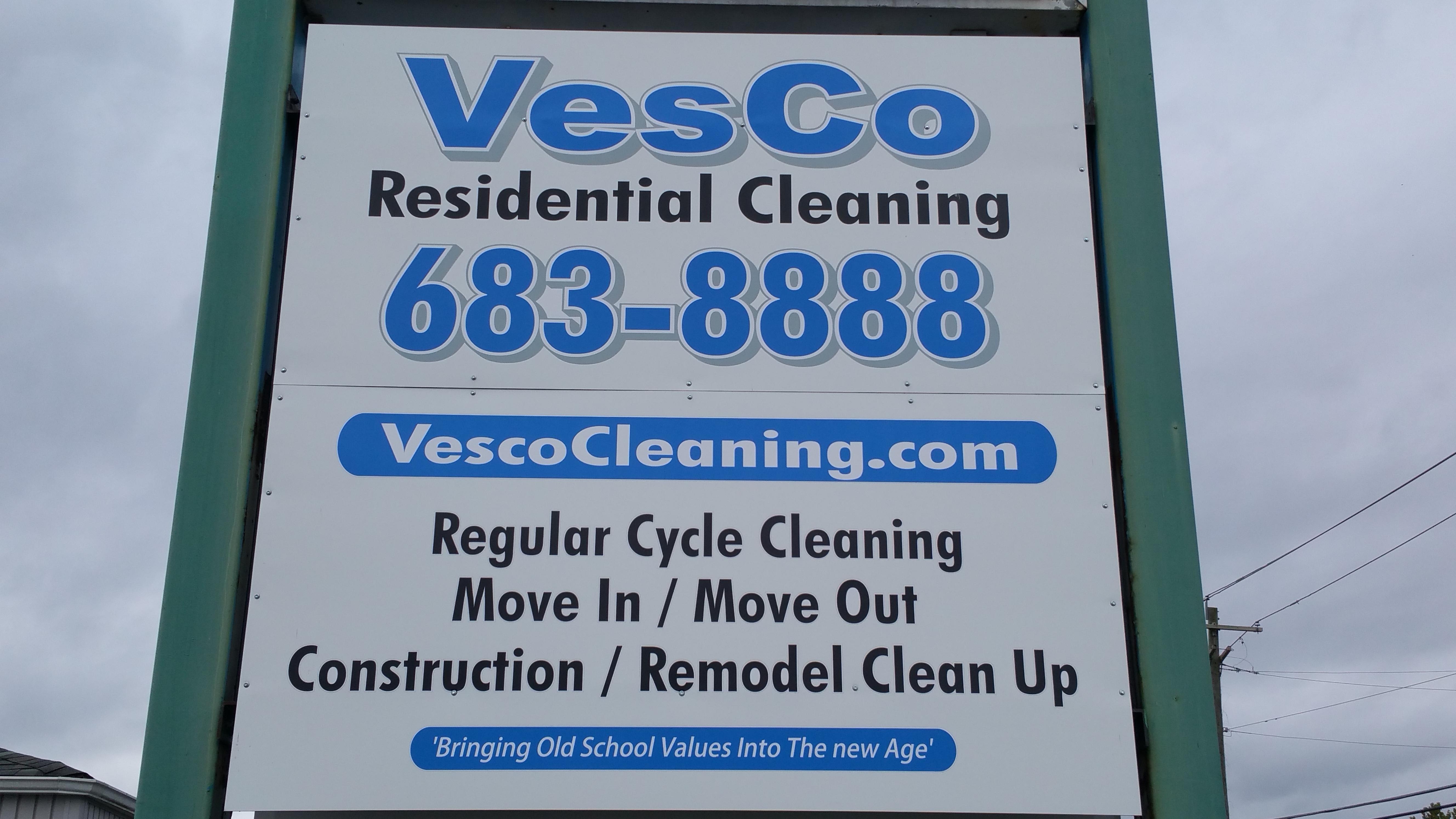 VESCO RESIDENTIAL CLEANING logo