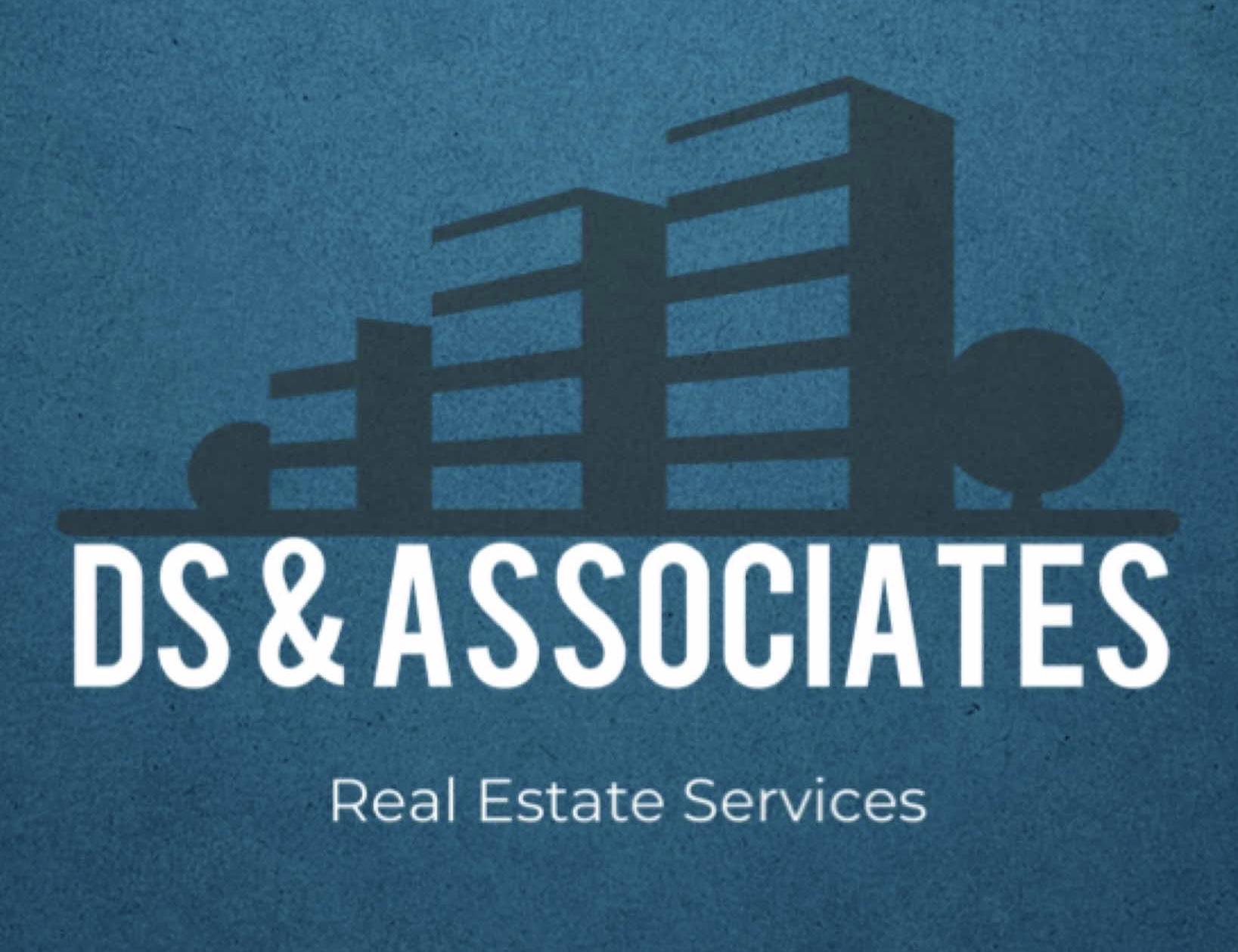 DS & Associates LLC  logo